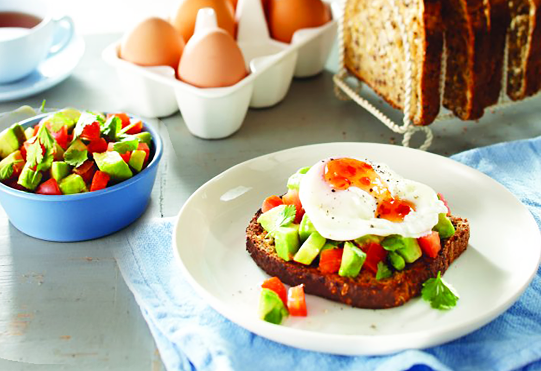 Breakfast toast with egg and avocado salsa on Bürgen® Soy-Lin®