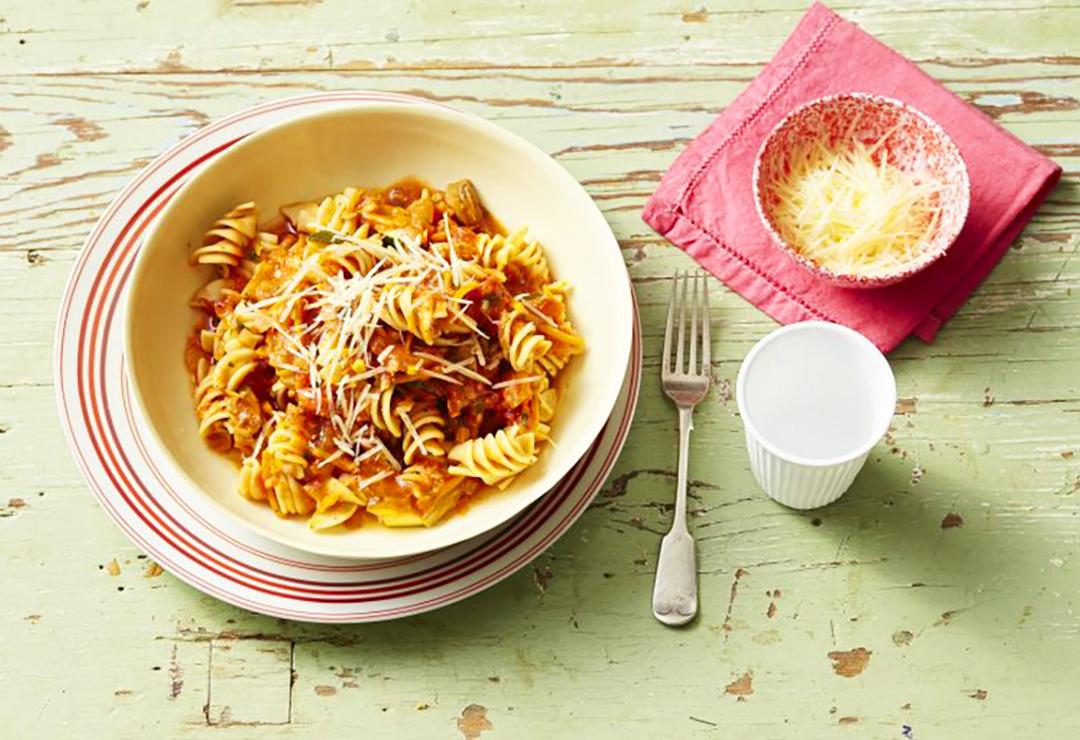 Lentil Napoletana pasta twists