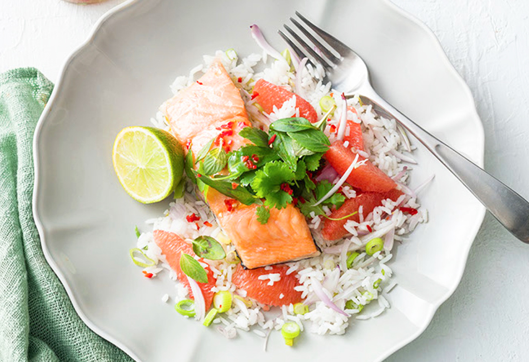 Roasted salmon with grapefruit Thai rice salad