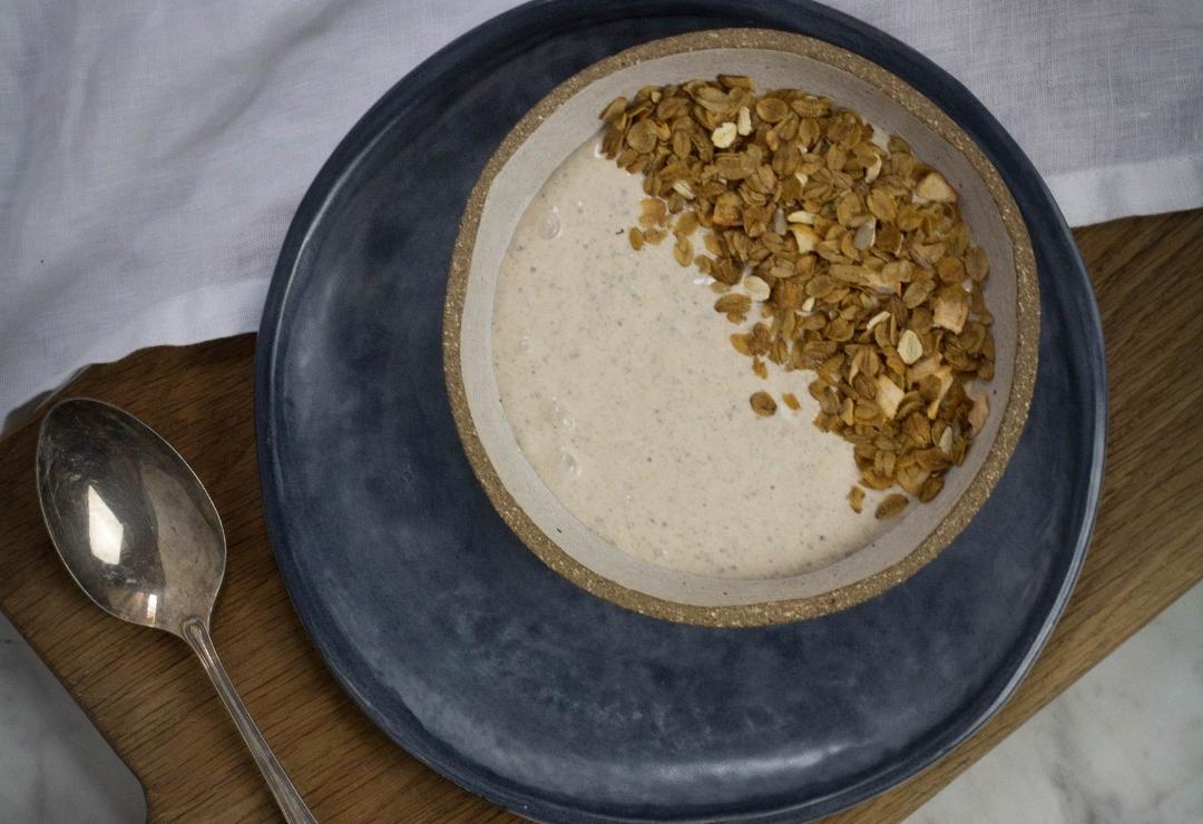 Chai-spiced Smoothie Bowl