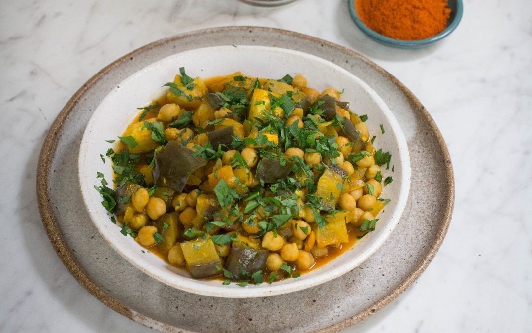 Easy eggplant and chickpea curry