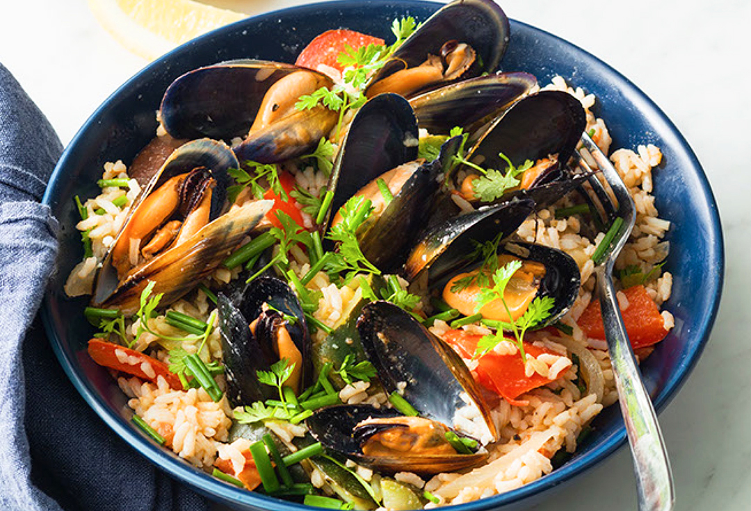 Vegetable and rice ragout with mussels
